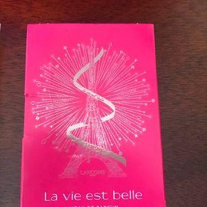 La Vie Est Belle Shower Gel & Mini Spray